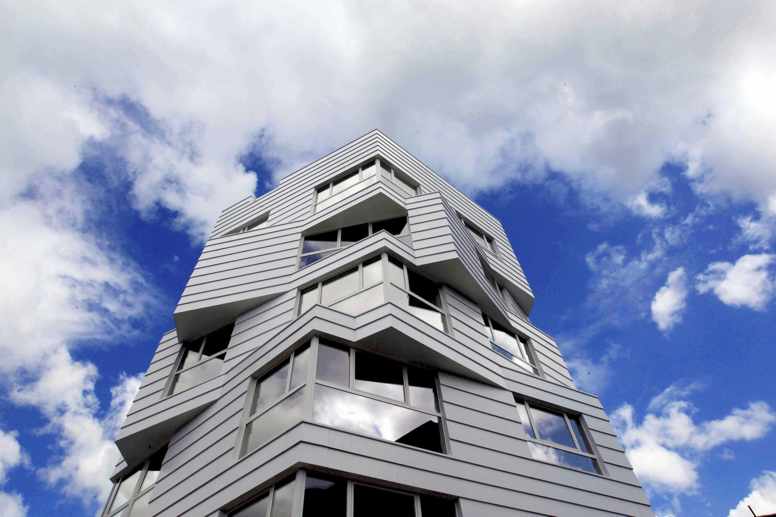 Vista de la fachada Glas Eraikuntza